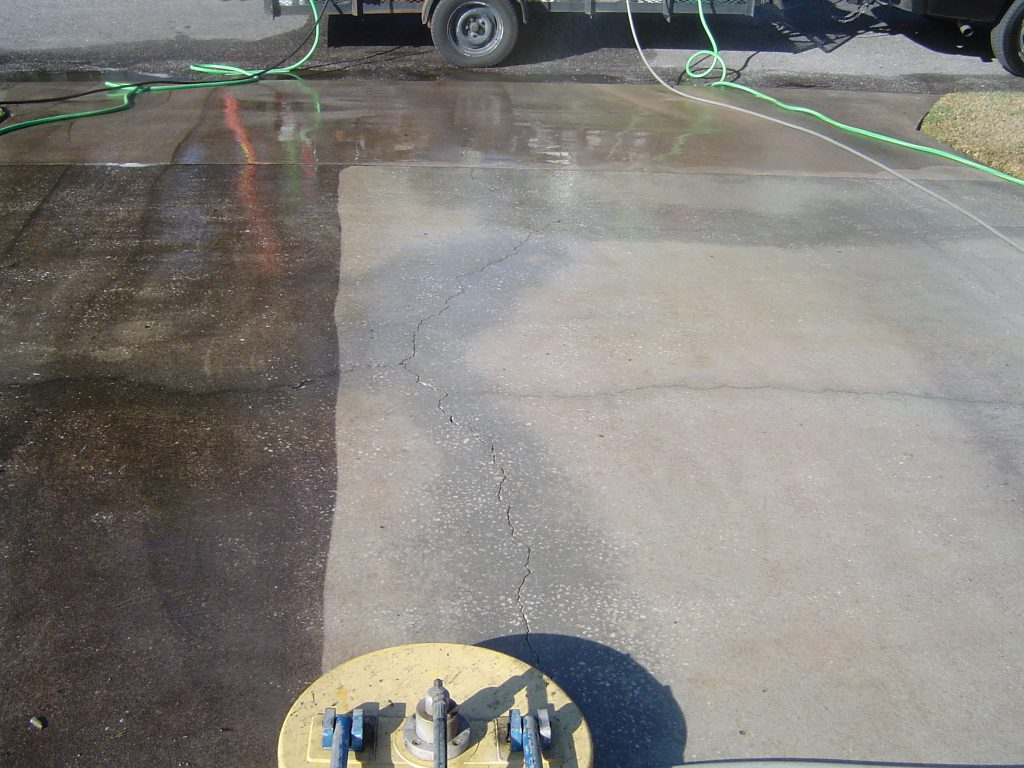 Driveway Pressure Washing in Pinellas and Tampa Bay Florida