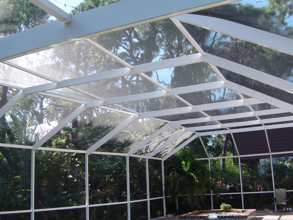 Pool Enclosure Cleaning St. Petersburg, FL After